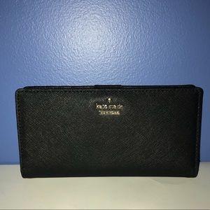 """✨NWT! Kate Spade"""" Black Pebbled slim Wallet!"""